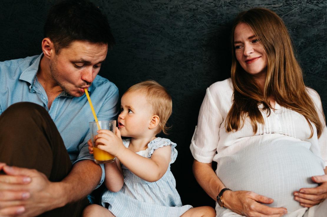 sesja rodzinna w kawiarni